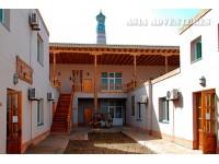 Malika Kheyvak Hotel