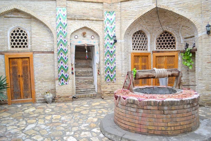 Hotel Khurjin