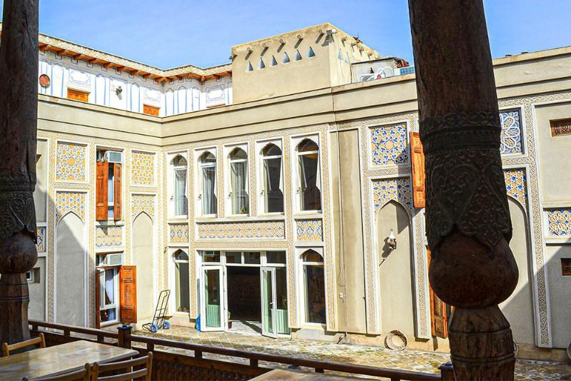 Liabi-Khauz Hotel
