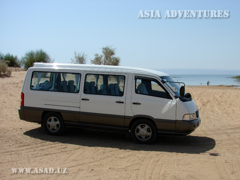 Travel minibus Ssang Yong Istana, 10 seats, a/c, audio, seat belts